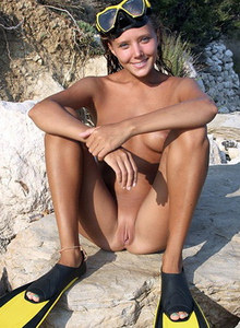 Daily nudist picyures